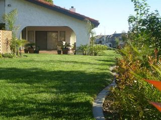 West Coast Villa Landscaped Gardens, Enjoy The California Sunshine