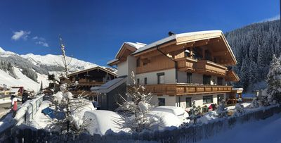 *New* Luxury 5 bedroom Chalet in Tux, near Mayrhofen * NEW SAUNA 2015