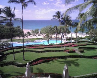 Pool and beach at Hapuna resort