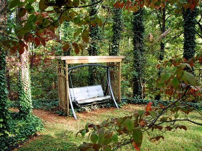 Side yard swing - read, relax: dream big dreams!