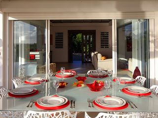 Terres Basses villa photo - dinning table