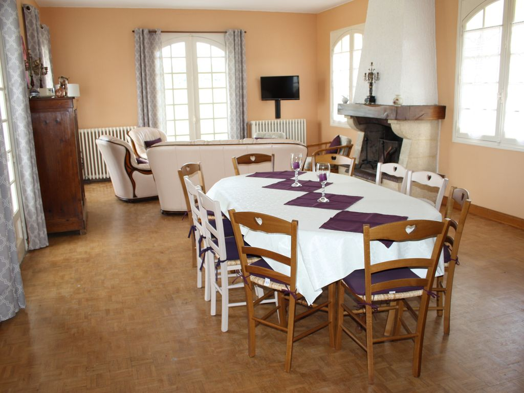Peaceful accommodation, 130 square meters, recommended by travellers !