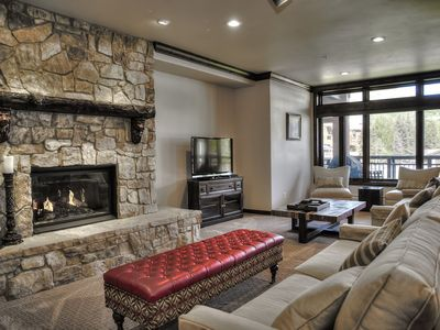 Great Location in Lionshead Square. Views of Vail Mountain.