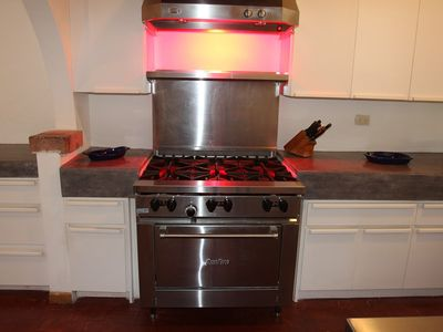 New professional 6 burner gas stove with food warmer at Casa de la Playa