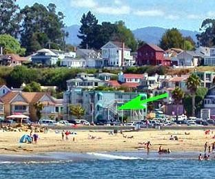 Capitola condo rental - Little Casa by the Sea ~ Panoramic ocean views~ just steps to the sand!