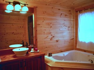 Mars Hill cabin photo - Bathroom