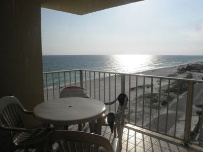 Living room - balcony view of Gulf