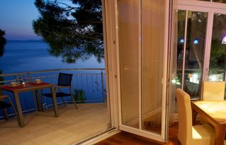 Milna villa photo - Indoor-outdoor evenings