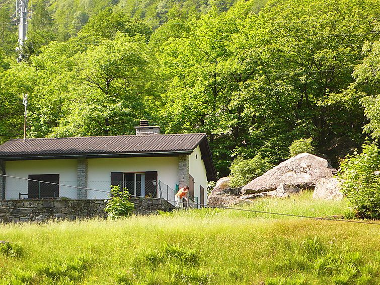 Holiday house 86100, Brione, Ticino