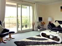 GOLF VIEW APARTMENT, pet friendly in Nairn, Ref 2533