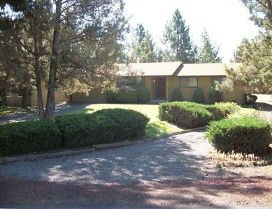 Bend house rental - Nestled in Pines and Juniper Trees, You'll Love This Setting!