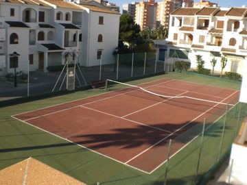 Aldeas de Taray Club tennis court