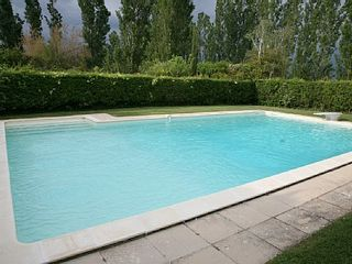 Aix-En-Provence house photo - Swimimg pool belonging to the hamlet