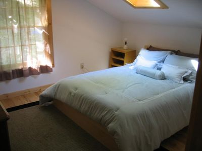 Ithaca cabin rental - second bedroom--queensize