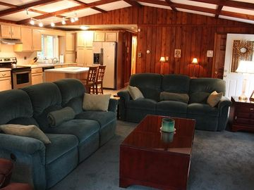Locust Lake house rental - Living Room