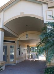 Bonita Springs townhome photo - Clubhouse amenities include sparking pool and fitness center