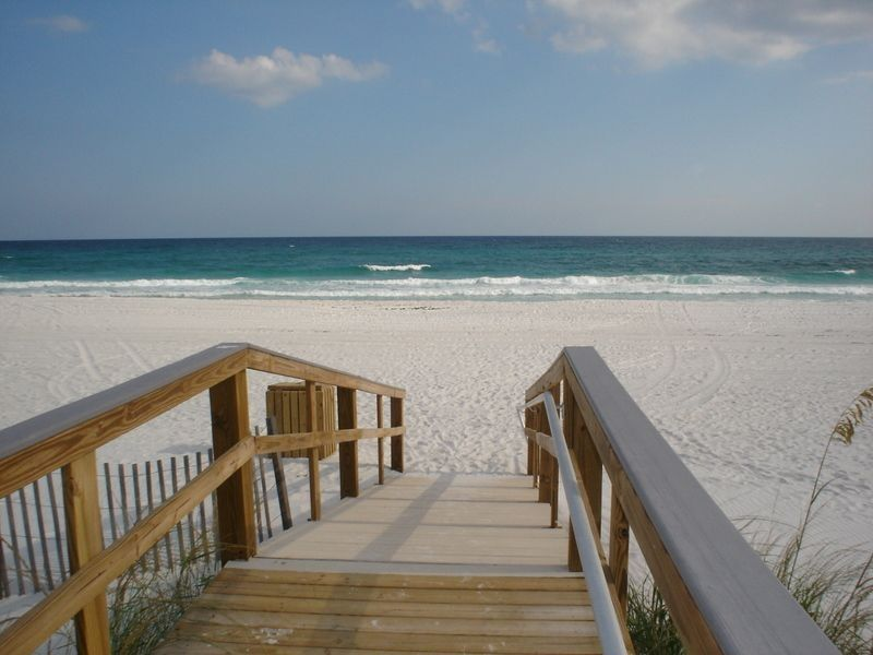 Warm in fl jan feb 200 a night waterfront sleeps 7 for Warm vacations in february