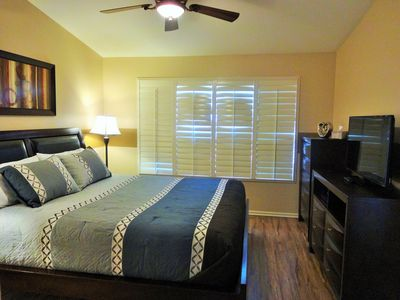 Master bedroom, king bed, flat screen