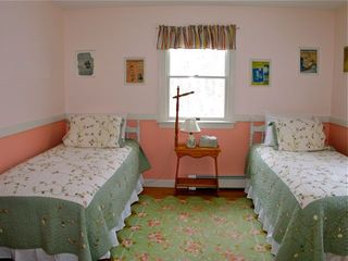 Vineyard Haven cottage photo - .