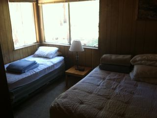 Pioneer Trail chalet photo - Downstairs Bedroom #1