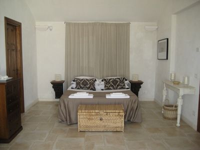 Alberobello villa rental - Master Bedroom en suite