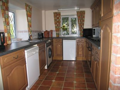 The fully fitted kitchen