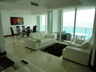 Best of Cancun 5-3 BR Deluxe Dual Seeping Ocean Views New, BeachFront