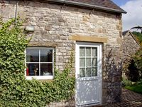 RAMBLERS REST, romantic, with open fire in Brassington, Ref 4427