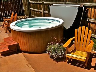 Crested Butte cottage photo - Outdoor Hot Tub on Back Patio!!