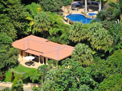 Dominical estate rental - Arial view of Main house and pool area