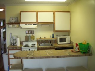 fully equipped kitchen - Isle of Palms condo vacation rental photo