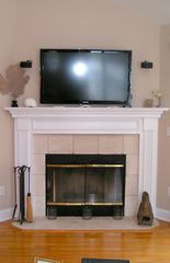 Montauk house photo - 46' LCD TV with Bose surround fed by HiDef DirecTV, DVD, VCR & AppleTV!