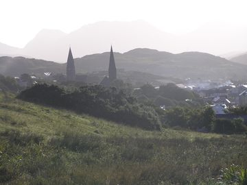 View driving into Clifden