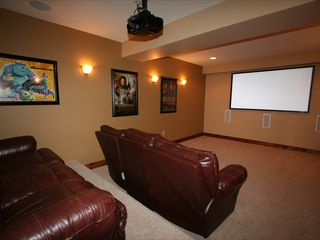 Lake Anna cottage photo - Theatre - 93 inch Screen and Surround Sound
