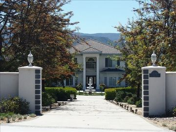 Temecula estate rental - Cerro Vista Estate--View of the Mountains