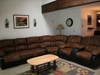 Tannersville townhome photo - Relax - 2 Recliners Queen size pull out