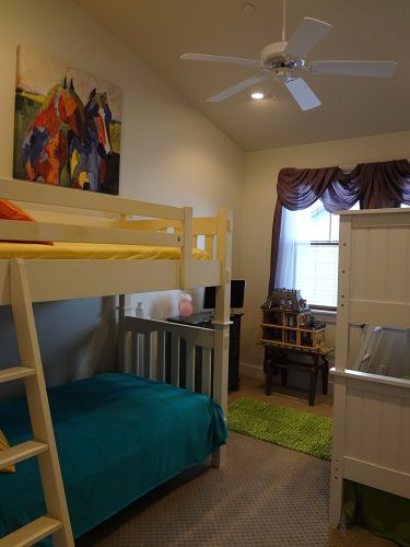 twin double bunk room