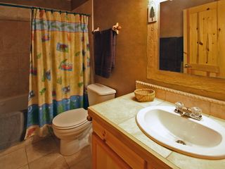 Estes Park condo photo - Bathroom with jacuzzi tub