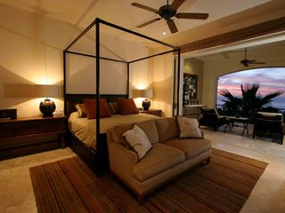 Cabo San Lucas villa photo - Beautiful master bedroom suite with direct patio access