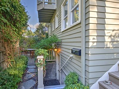 NEW! 1BR Seattle Apt - Steps to Arboretum!