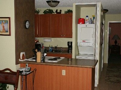 Kitchen area and washer/dryer