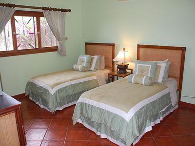 Casa's Twin Bedroom