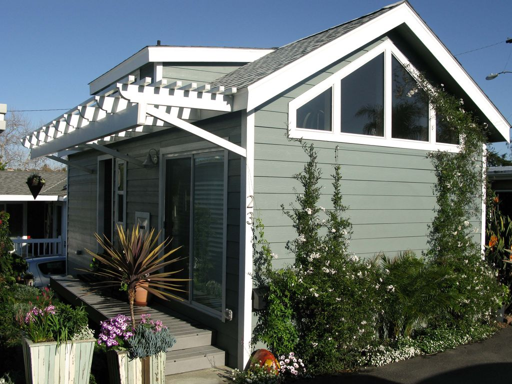 Object moved for Modular home cottage