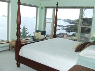 Cutler house photo - King bed overlooking the open ocean
