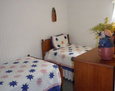 Kids & friends can stay in 2 Twin beds in 2nd room after fun outdoor activities!