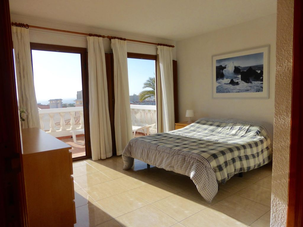 Beautiful 2 bedroom apartment in royal palm vrbo for Apartments with two master bedrooms