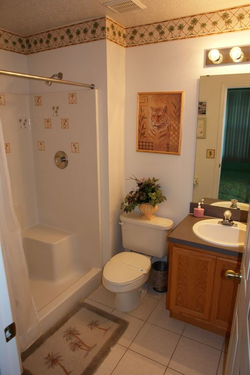 Second main bathroom