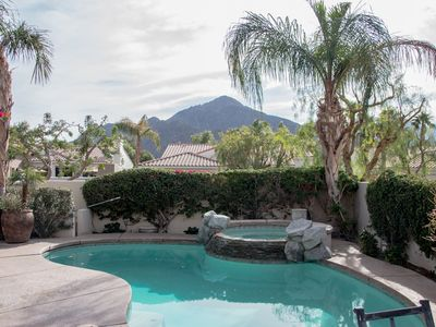 Southern mountain views with lots of sun on the pool and spa