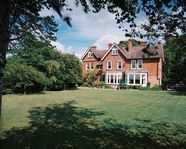 Beautiful country home near Silverstone Circuit, ideal for the F1 Grand Prix!