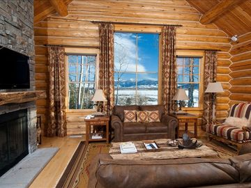 Teton Village chalet rental - The greatroom lounge looks east over the Snake River valley